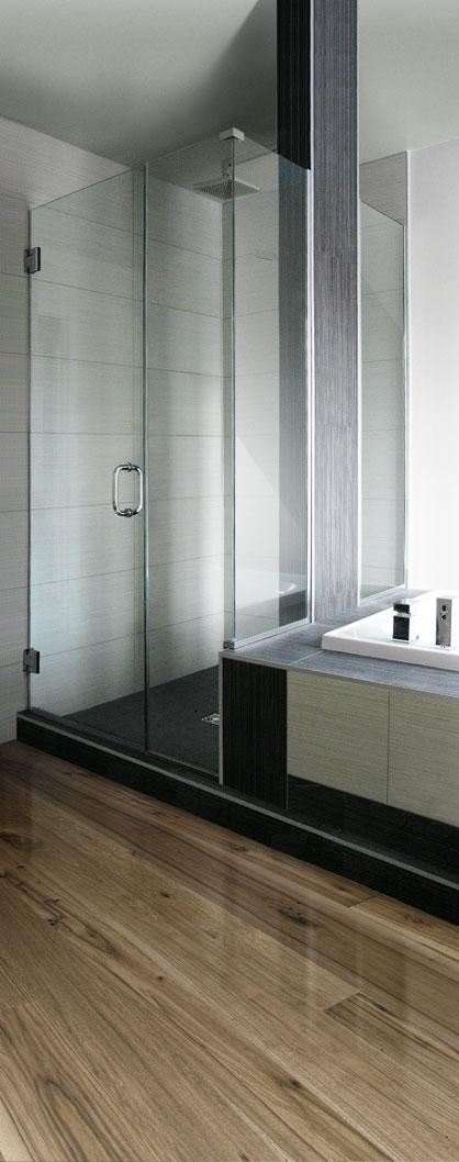 douches en verre services univers du verre. Black Bedroom Furniture Sets. Home Design Ideas